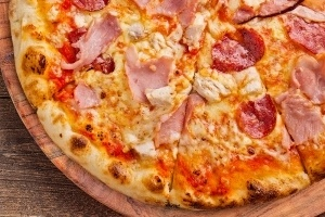 Класически пици - Куатро Карне