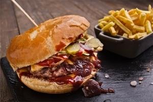 Пица сандвичи - Телешки чийзбургер